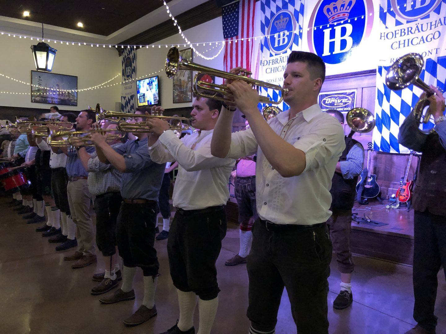 Hofbrauhaus entertainment